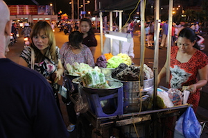 Living In Ho Chi Minh City - Street Food Outside Ben Thanh Market